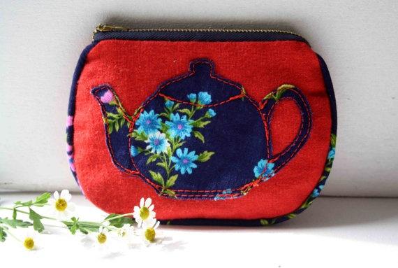 Tia vintage teapot purse by ObeliaDesign on Etsy, $35.55