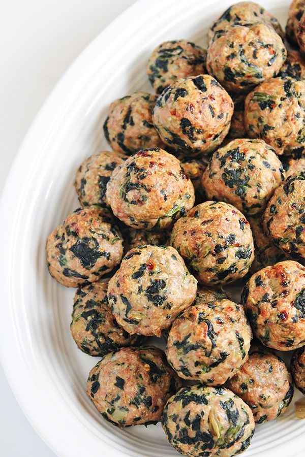 Baked Turkey Meatballs with Spinach - juicy and yummy! Go a little lighter on spices or use only softer ones