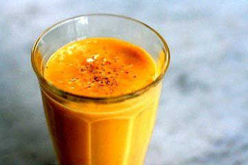 Mango Lassi ~ a fun treat from India ~ So delicious!: Mango Lassi, Rich Mango, Lassi Recipes, Indian Recipes Drinks, Indian Mango, Indian Food, Almonds Milk, Yogurt Cups, Simply Recipes