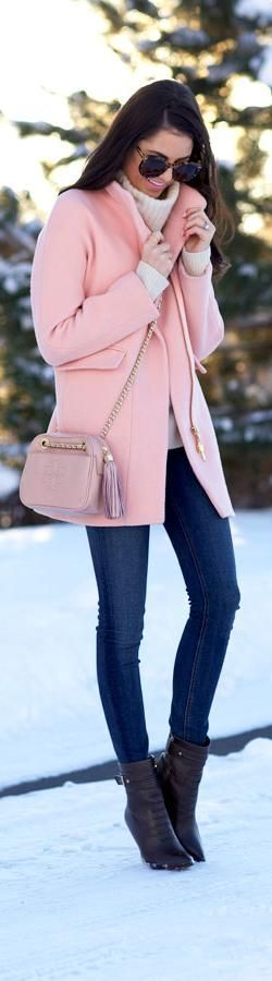 Beautiful Pink coat and winter style idea. Pink Pad - the app for women - http://pinkp.ad