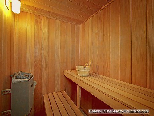 """Sauna in Gatlinburg luxury cabin """"Wet N' Wild"""" - 1 bedroom very special cabin"""