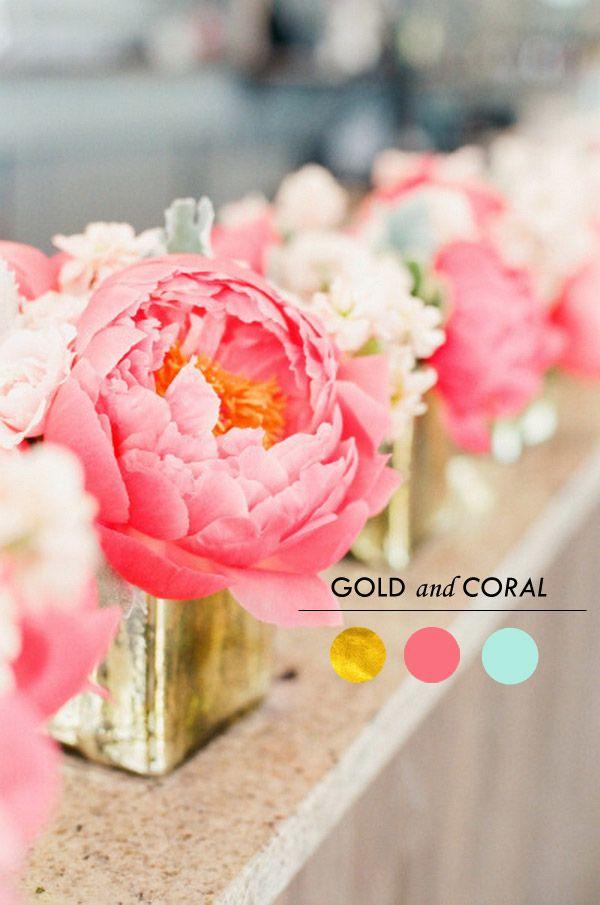 Top 6 Gold Wedding Color Ideas Spring/Summer 2015 | http://www.tulleandchantilly.com/blog/top-6-gold-wedding-color-ideas-springsummer-2015/
