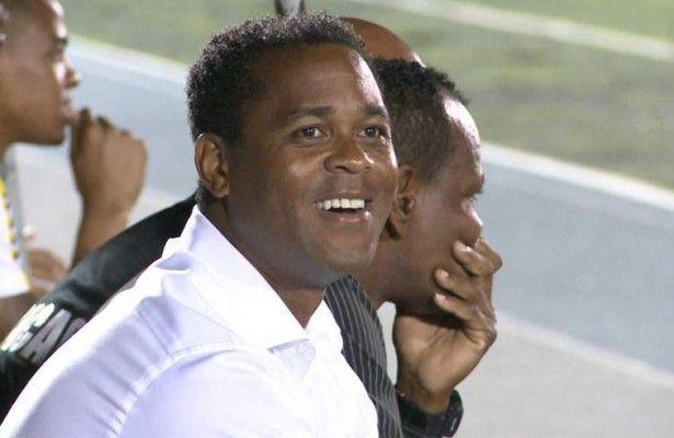 Kluivert y Curaçao eliminan a Cuba y avanzan a tercera ronda de eliminatorias - La selección de Curaçao que dirige el holandés Patrick Kluivert empató 1-1 con Cuba en La Habana y se clasificó a la tercera ronda de las elimina...