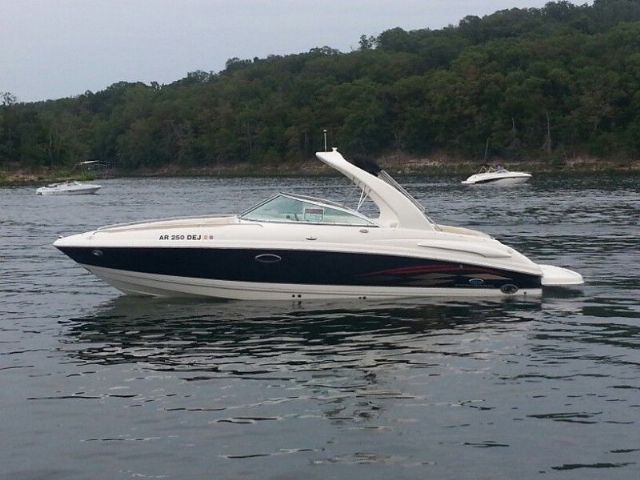 26 feet 2005 Chaparral 260SSI Ski and Wakeboard Boat