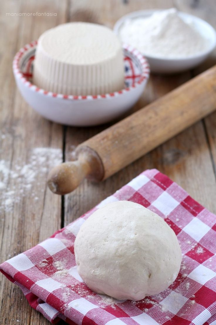 pasta matta alla ricotta per strudel e torte salate