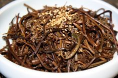 : ) : ) Gosari-Namul (fern-bracken Korean style) - Easy recipe that comes out great! My Korean mother was impressed and saved it for my Dad who loves gosari. Def buy the pre-boiled gosari in a korean grocery store. It's my favorite veg in bi bim bap!