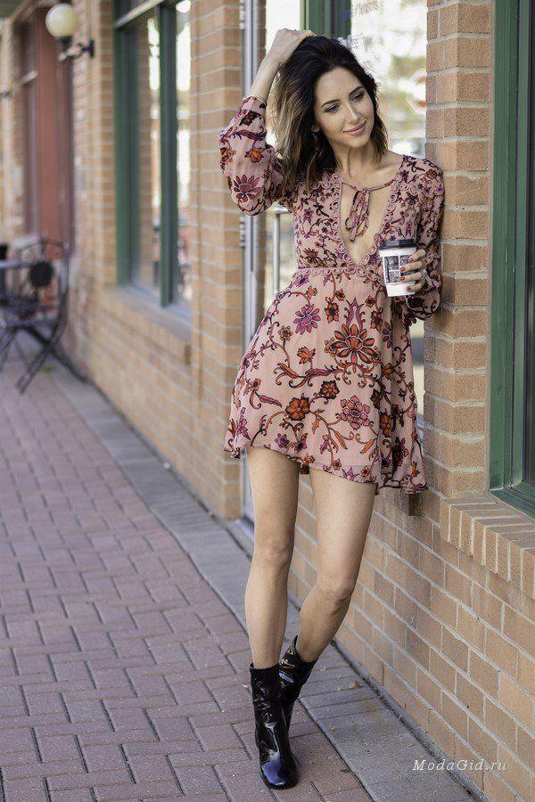 Эмбер – красивая молодая девушка, которая уже более 3 лет полностью отдается себя блогу Love Amber Victoria. Её стиль – это бессмертная классика с женственными нотками, немного кэжуала для выходных дней, но при полном параде: маникюр, прическа, все аксессуары в комплексе (сумка, очки, украшения). Идей для создания образов – море, так что приступим.