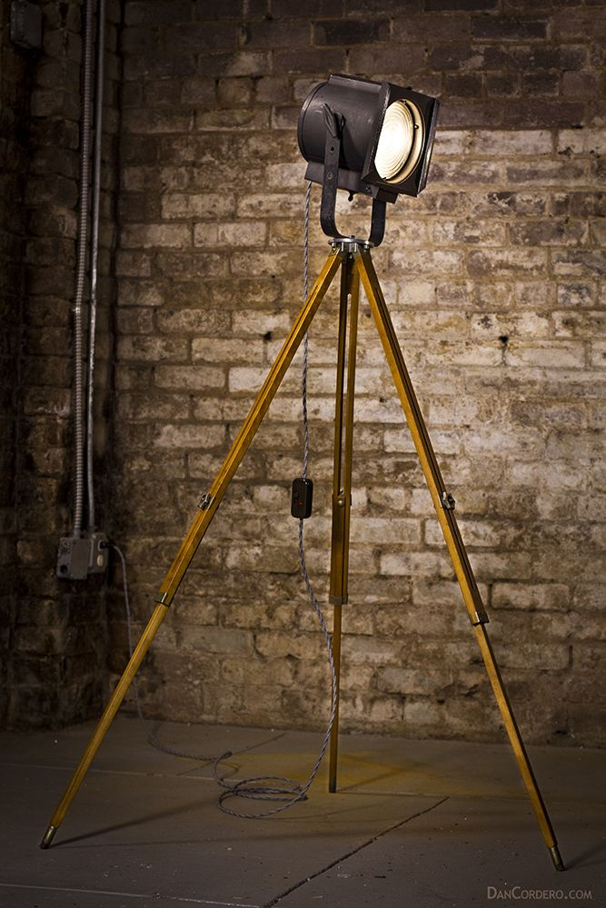 Vintage stage studio spotlight floor lamp spotlight for The lamp light theater