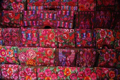 Guatemalan colors are unbeatable. It is the only place where I found the fabrics are more colorful than those found in my country India.