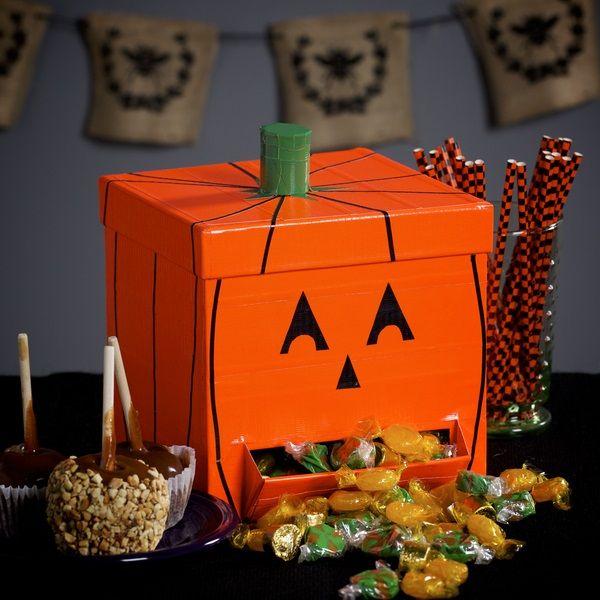 Make your own duct tape pumpkin candy dispenser to help you celebrate a fun Halloween. http://duckbrand.com/craft-decor/activities/pumpkin-candy-dispenser?utm_campaign=dt-crafts&utm_medium=social&utm_source=pinterest.com&utm_content=duct-tape-crafts-halloween