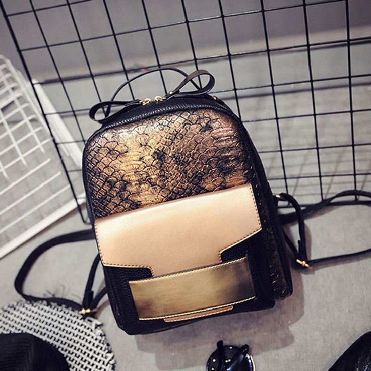 New Fashion Vintage Women Backpack Hot Style Punk Rock style Women Bag High Quality PU Leather  Travelling Bag Cool School Bag
