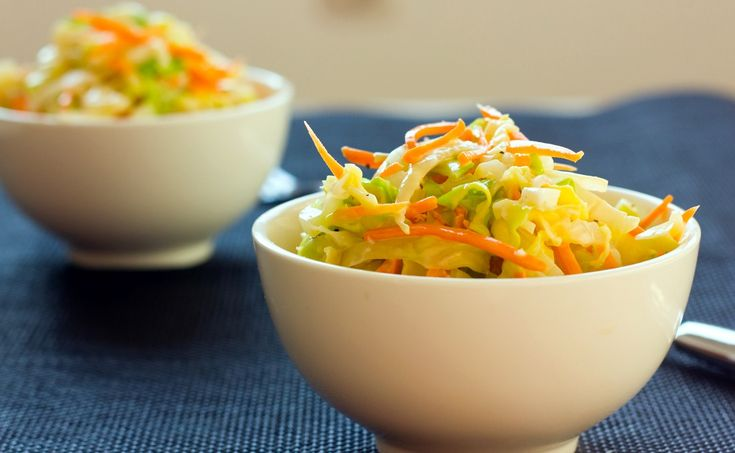 ensalada americana de col o coleslaw