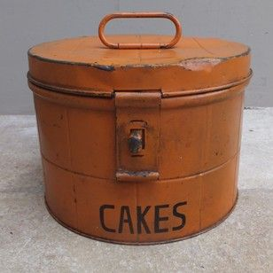 1930s Hinged Lid Cakes Tin - The Hoarde