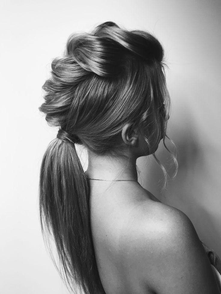 Black&White HairStyle #косметикадляволос #прически #красота #шамунь #маскадляволос #hair #emmediciotto #hairstyle #fashion #пучок #style #haircolor #haircare #hairfashion #hairdresser #styleinspiration #wedding #свадебнаяприческа #свадебнаямода