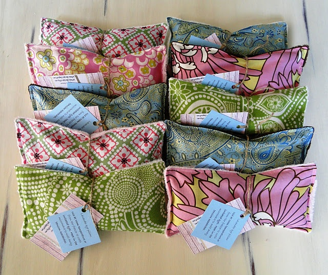 Eye Pillows. Filled with rice and lavender.  I bet these are very relaxing to use.                                                                                                                                                                                 Más