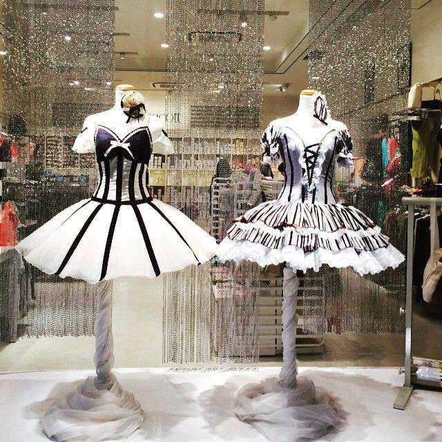 #mulpix リハ終わった。。。。。膝は少しましになってきた。 ゆりかと柏でプレゼント買ってチャコット行ったら衣装可愛すぎてパシャリ あーリフト怖い #バレエ #ballet #チャコット #衣装 #可愛い