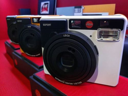 Fall has begun  & so has holiday shopping.  The Leica #Sofort is a perfect corporate gift for your company. Now taking orders for bulk purchases. Order now in time for the holidays -#LEICACAMERAUSA / info@leicastorela.com via Leica on Instagram - #photographer #photography #photo #instapic #instagram #photofreak #photolover #nikon #canon #leica #hasselblad #polaroid #shutterbug #camera #dslr #visualarts #inspiration #artistic #creative #creativity