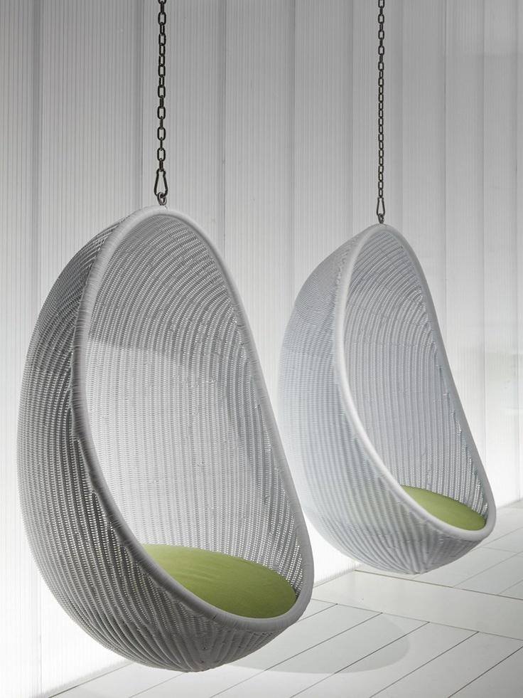 Woven wicker #garden suspended #chair EGG by PIERANTONIO BONACINA | #design Nanna Ditzel