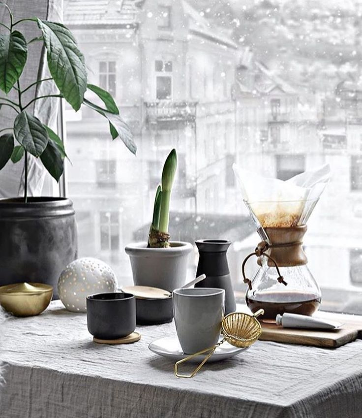 Morning Chemex Brew | Get Featured with #Alternativebrewing & Tag us | Shop Chemex @alternativebrewing - link in bio 1-4 Day Shipping | by @onlydecolove
