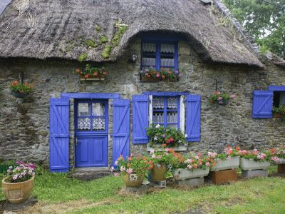 "Encantadora.... ""Blue Cottage Doors"""