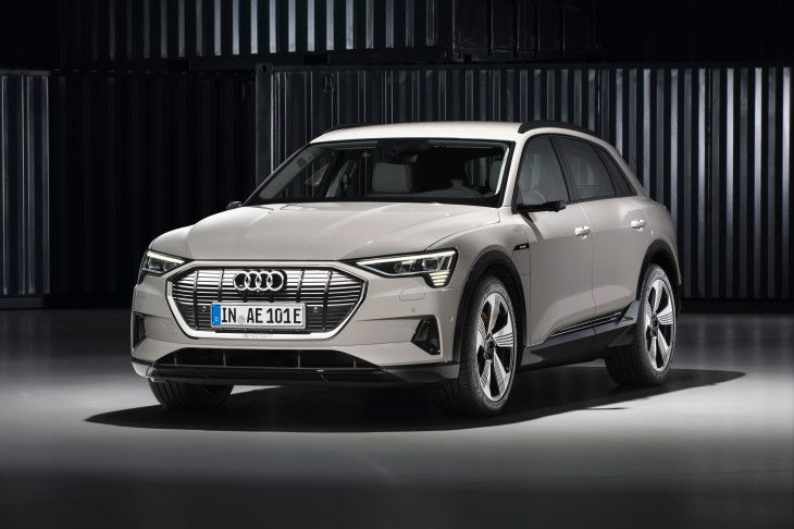 Audi Launched First Electric Car In Pakistan In 2020 Audi E Tron Chevrolet Volt Audi