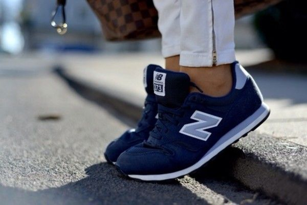 Why oh why can't I find these New Balance kicks anywhere? They need to be ALL navy blue with just the white soles and the very back/top heel cup (and the N of course), but otherwise all navy - I think it's the 373. So hard to find!