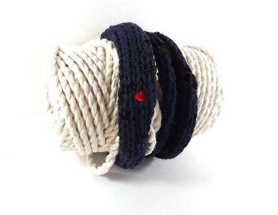 Armbänder - Gestricktes Armband aus Baumwolle mit Swarovski - ein Designerstück von BeaBaltic bei DaWanda