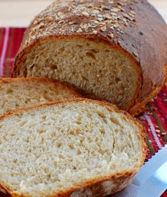 375 g białej pszennej mąki chlebowej, wysokoglutenowej 125 g mąki pszennej razowej (100%) 83 g płatków owsianych 313 g wody (o temp. 24C...