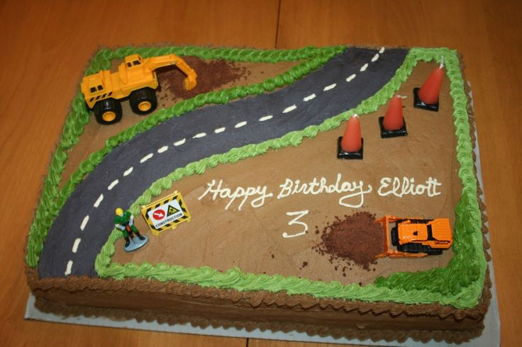 2nd construction birthday cake | ... , and the second half is white chocolate cake with raspberry filling
