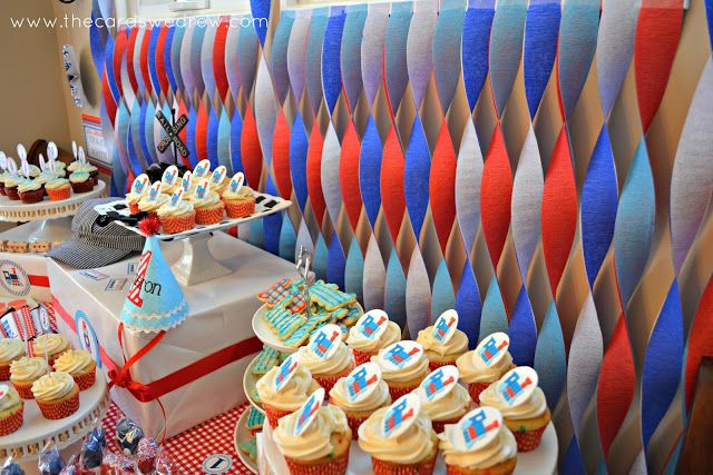 Train First Birthday Party. I like the crepe paper backdrop