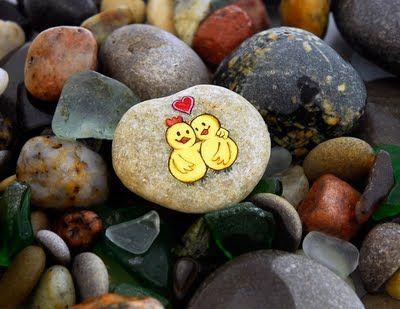 joojoo: Painted pebble