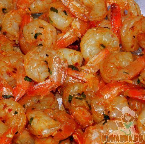 Рецепт: Запеченные креветки в чесночном соусе
