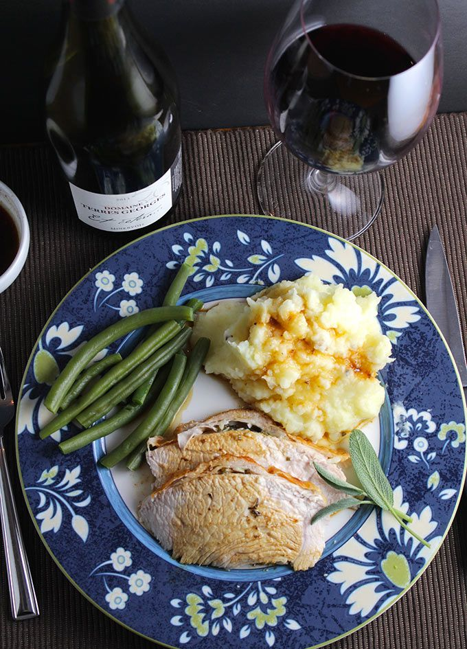 On November 14, Wine Pairing Weekend bloggers will be sharing Creative Wine Pairings for Thanksgiving. This post previews what they will share.