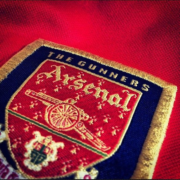Old shirt (Arsenal Shop: Best Prices on Arsenal Shirts Gifts and Merchandise