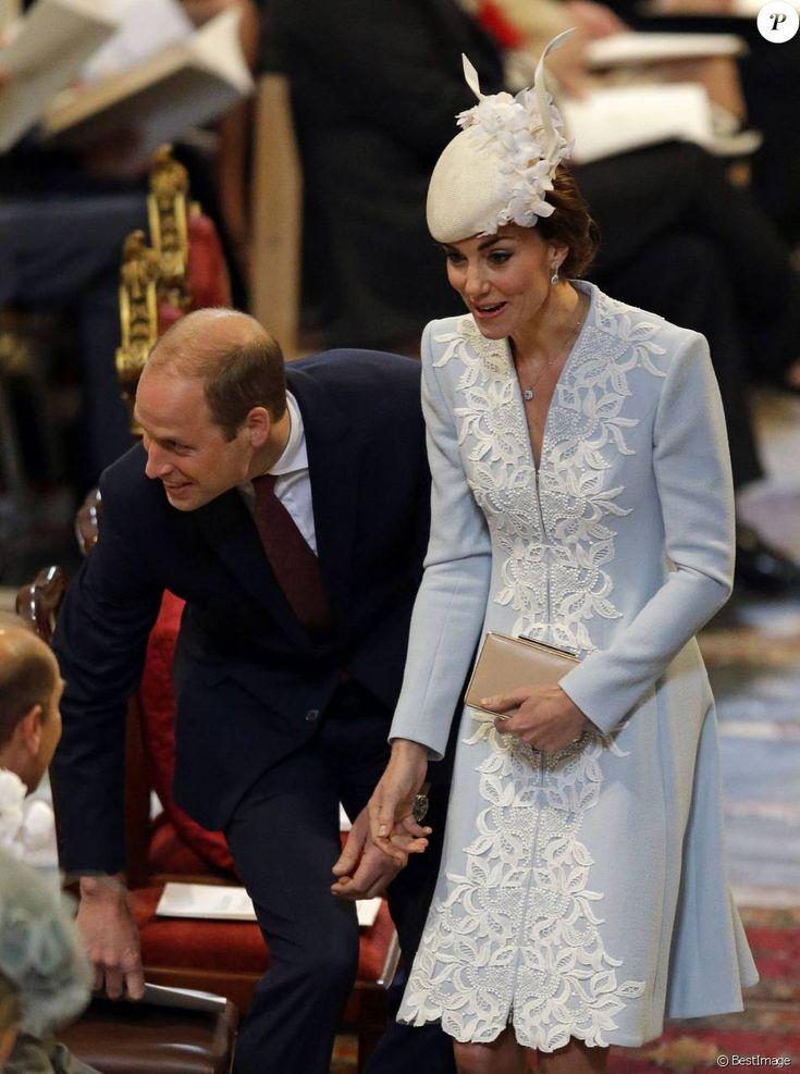 Le prince Harry avec Kate Middleton, duchesse de Cambridge, et le prince William ainsi que toute la famille royale et d'autres invités à la messe à la cathédrale Saint-Paul de Londres pour le 90e anniversaire de la reine Elizabeth II, le 10 juin 2016. Manteau : Catherine Walker