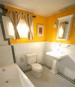 yellow bathroom walls