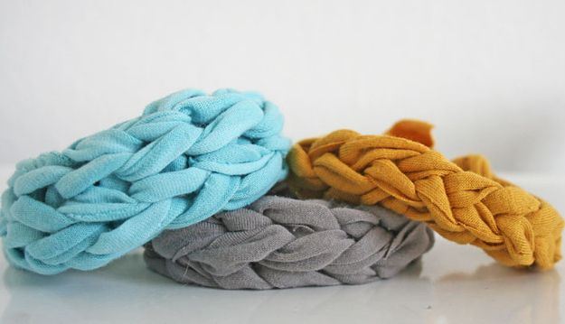 Jersey Knit Bracelets | Community Post: 28 Gifts To Make When You're Broke