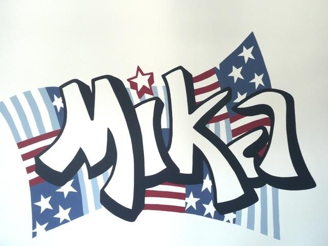 Muurschildering met naam Stars and Stripes voor in de kinderkamer Graffiti stijl