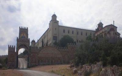 Περιβόλι της Παναγιάς: Η Παναγία η Γοργοεπήκοος - Το Θαυματουργό Μοναστήρι στη Μάνδρα Αττικής (ΦΩΤΟ)