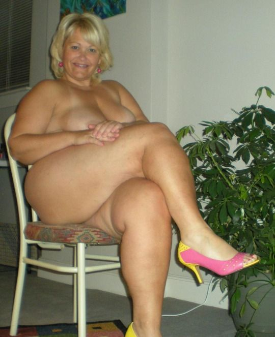 naked woman masturbation with man