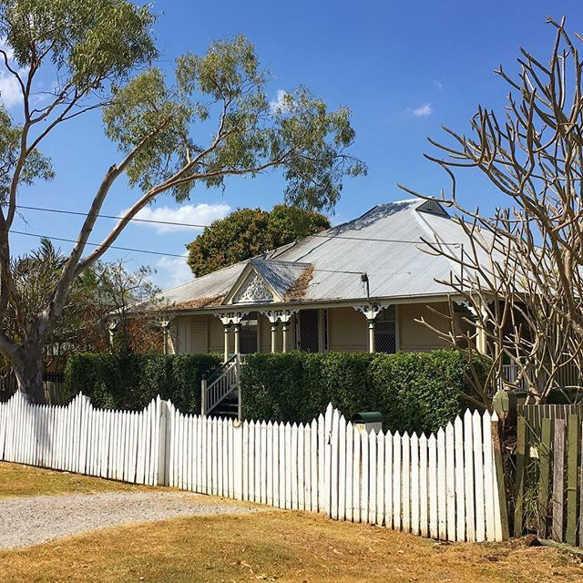 The charming Queenslander has brought us out to Booval today. #photosbyrealscope #wehavethebestjobever #brisbanerealestatephotographer #brisbanerealestatephotography #brisbanerealestate #queenslander #queenslandercharm