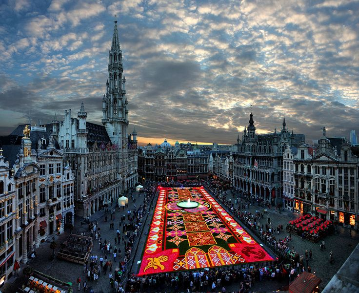 Flower Carpet Festival Brussels, Belgium Photo Credit: GASTON BATISTINI