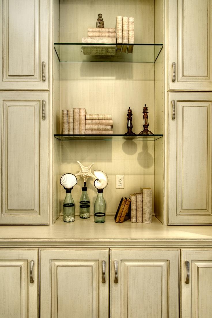 25+ best Glazed cabinets images by Roseane Bernstein on Pinterest ...