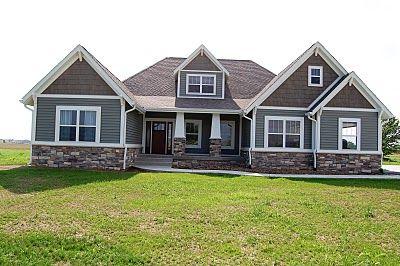 Love!  http://jamiesgreenfamily.blogspot.com/2010/06/all-moved-in.html