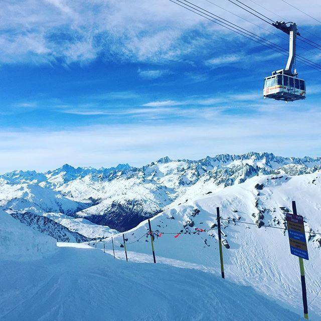 Great #ski #day in #andermatt #schweiz #uri #skitest #travel #sun #gemsstock #blickheimat