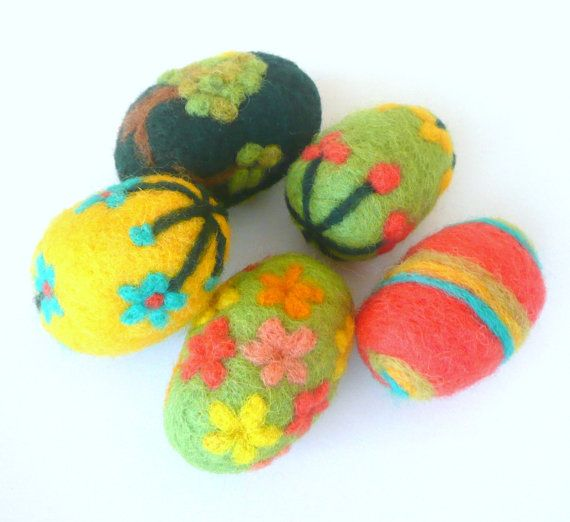 EASTER felted eggs tree decor set of 5 wool spring flower green red yellow ornaments handmade decorations waldorf children toy basket