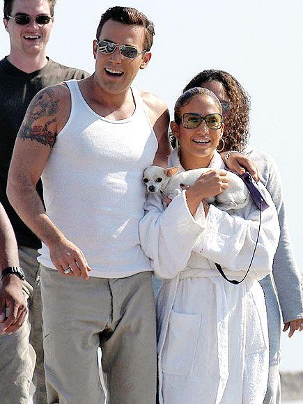 BENNIFER MAKE A STATEMENT photo | Ben Affleck, Jennifer Lopez