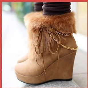Wedges with fur