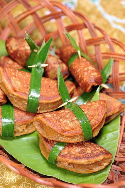 Malaysian Nyonya Apom Balik Durian   travelling-foodies