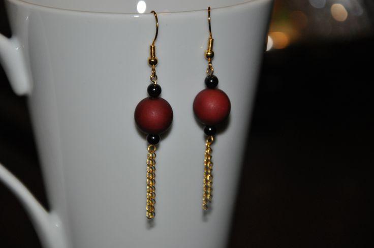 Maroon bead